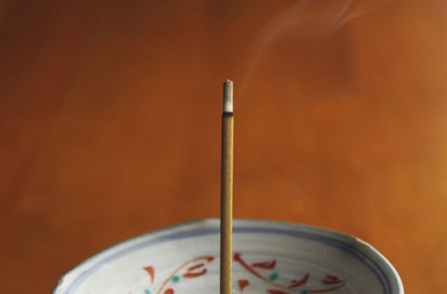 財神増益香の焚き方